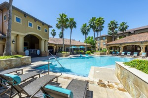 Three Bedroom Apartments for Rent in Northwest Houston, TX -Pool and Patio